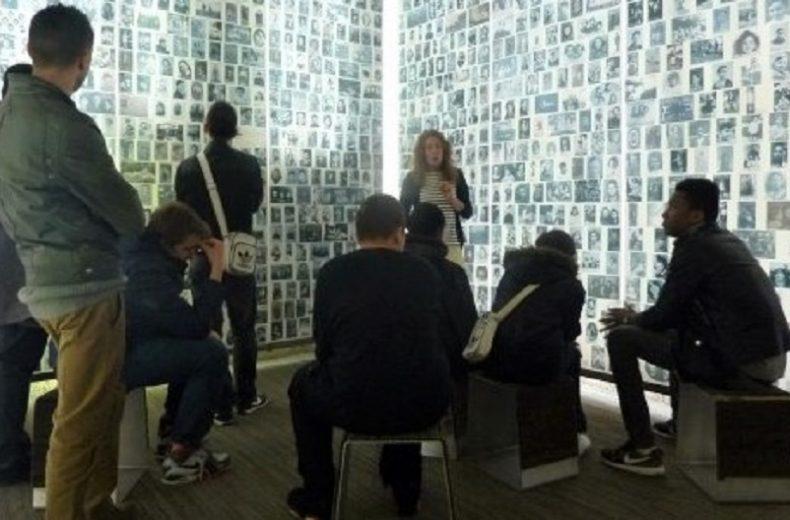 Visite de l'exposition temporaire:  1961-2021 : le CNRD