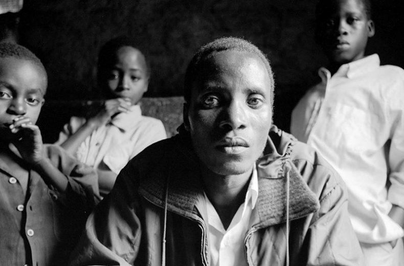 «Rwanda, mémoire d'un génocide», textes et photographies de Michel Bührer